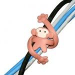 Mantén los cables ordenados con un mono