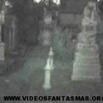 Fantasma en cementerio