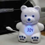 Teddy Bear: Hub USB con reloj y alarma